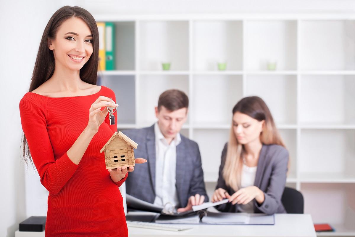 RE/MAX își extinde rețeaua cu încă 3 birouri - în Hunedoara, Suceava și București