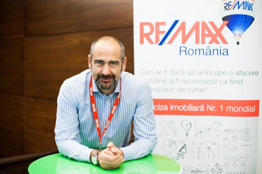 RE/MAX deschide primul birou din Sibiu cu previziuni optimiste: 5% creștere în 2015