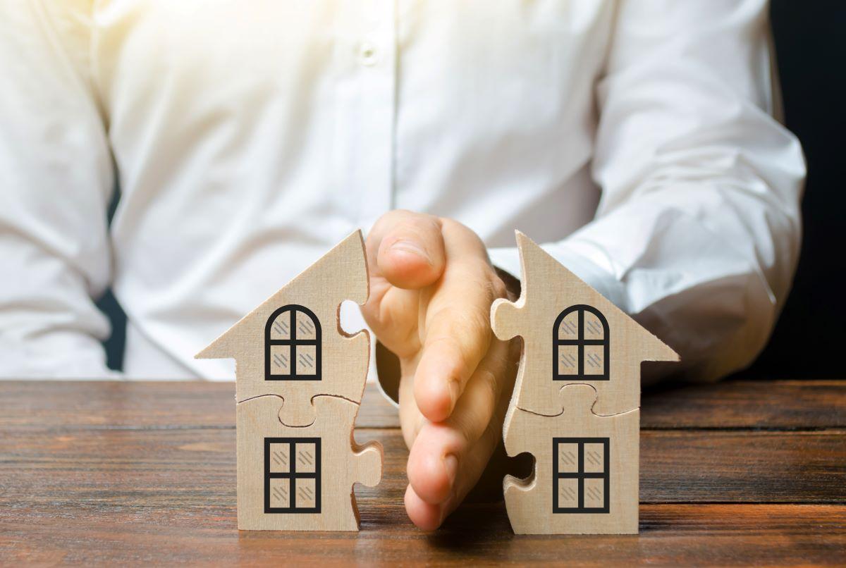4 sfaturi pentru a-i ajuta pe clienții divorțati să își vândă casa