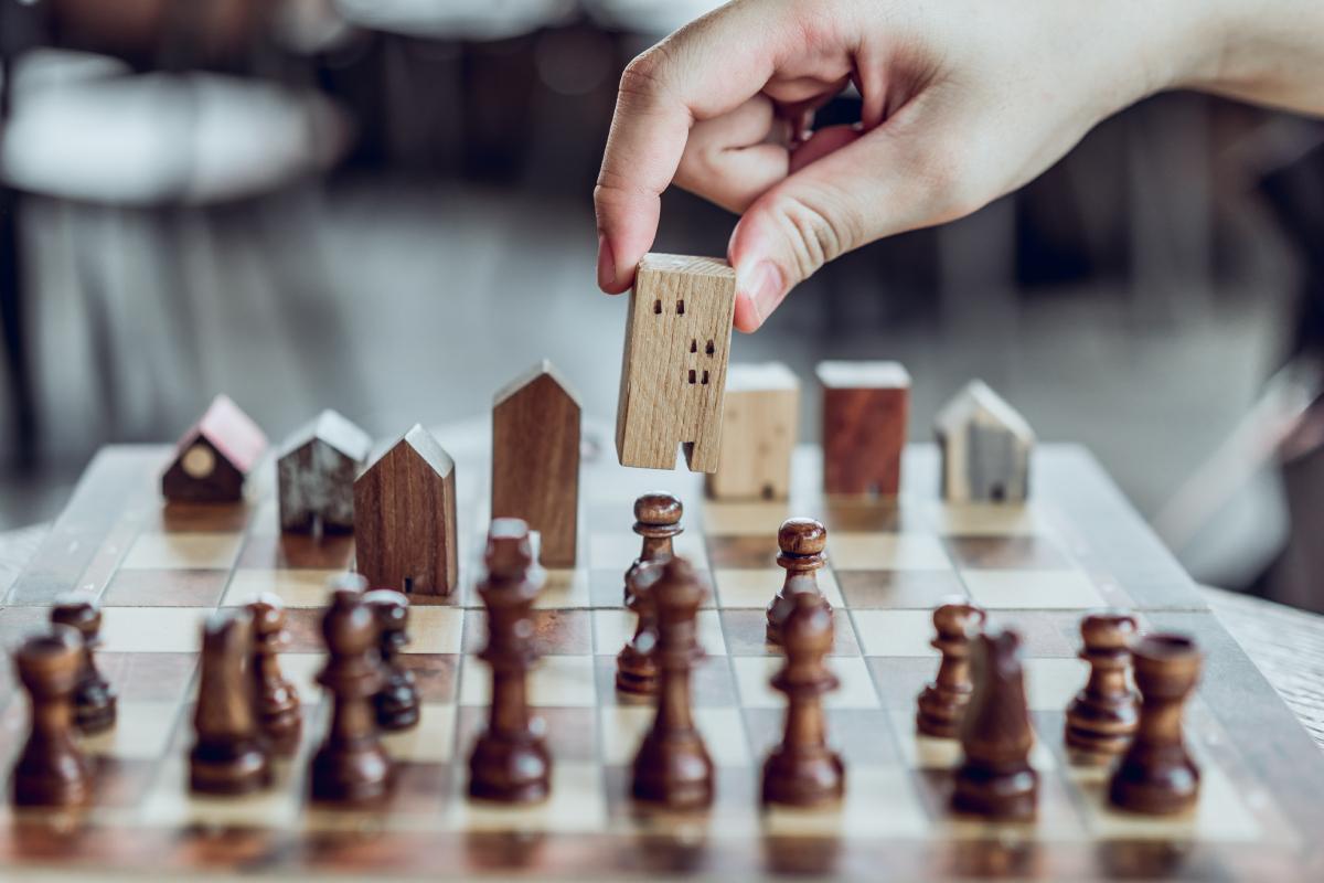 Afaceri imobiliare pe timp de criză - 5 secrete pentru a-ți menține succesul
