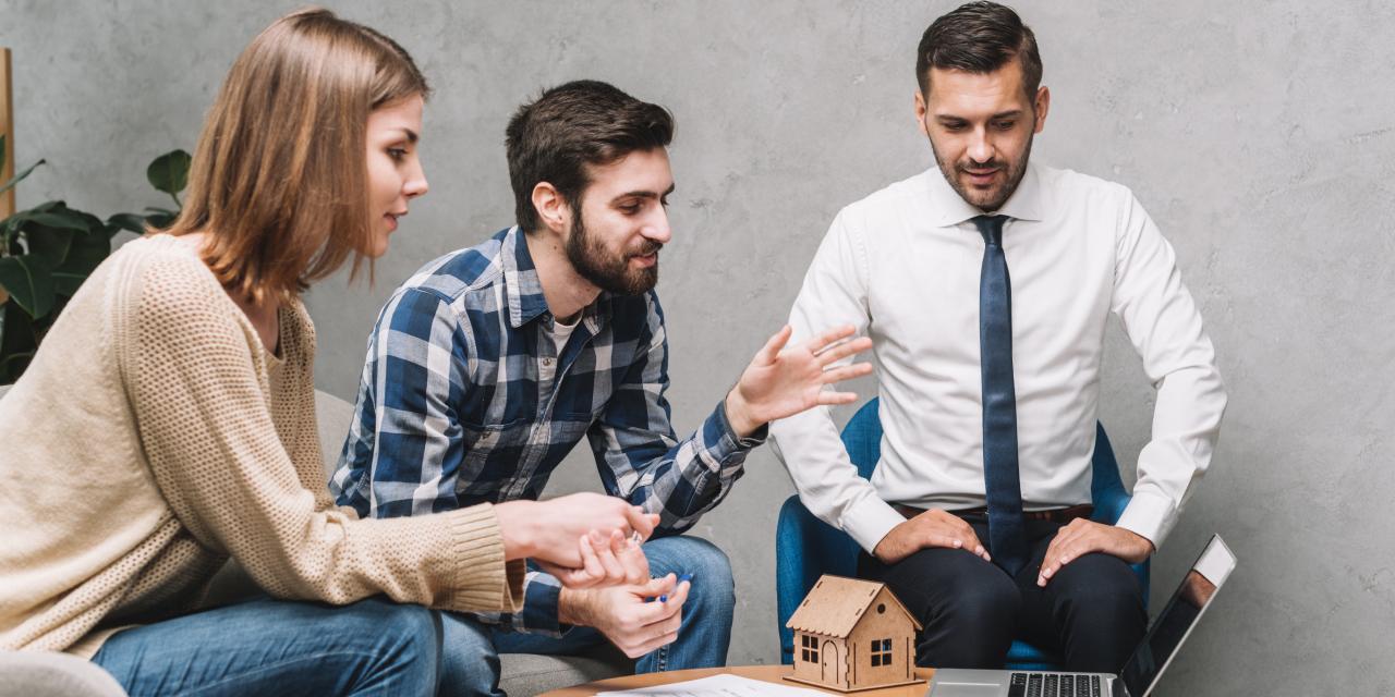 Secretele unei agenții imobiliare de încredere